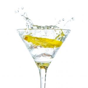 5 Reasons You Need Lemon Water - Today